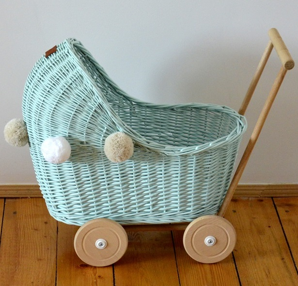 Doll pram - low - mint